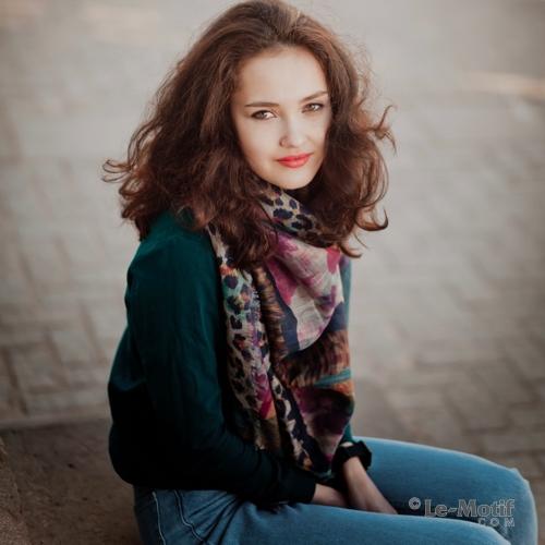Приятный палантин и платок из качественного льна с вискозой из интернет магазина le-motif.com
