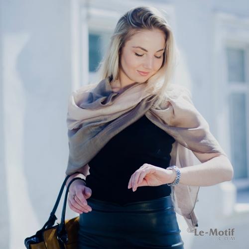 Палантин из 100% высококачественного шелка из интернет магазина le-motif.com