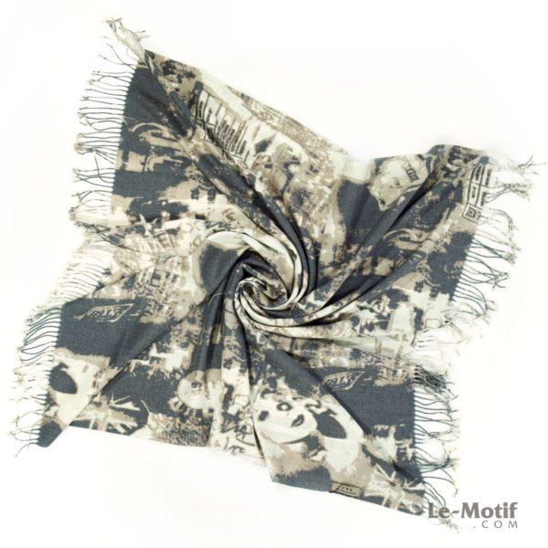 Платок Le Motif из шерсти и хлопка. Фото для каталога 2.