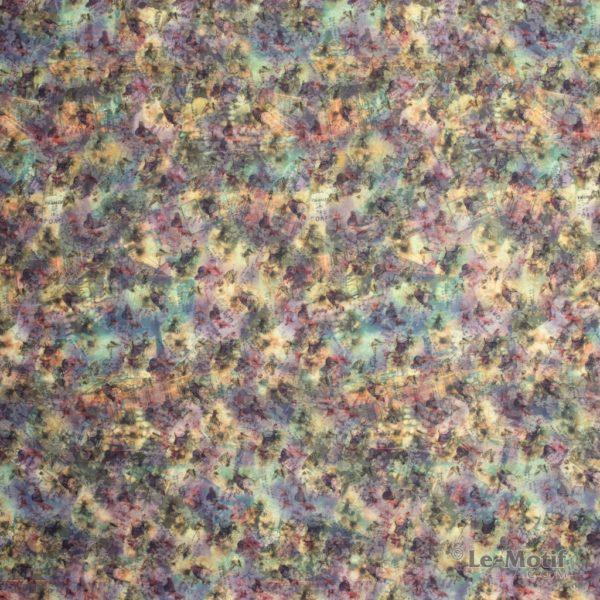 Платок Le Motif из хлопка с вискозой. Изображение цветов.