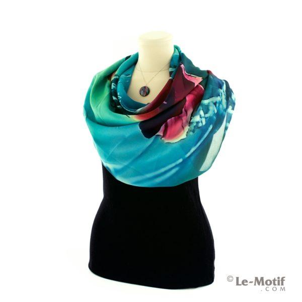 Платок Le Motif из шелка с вискозой на шее, арт. SXF0132