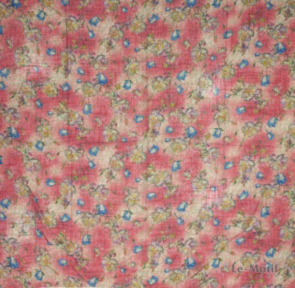 Платок Le Motif из льна с вискозой. Изображение букетов цветов