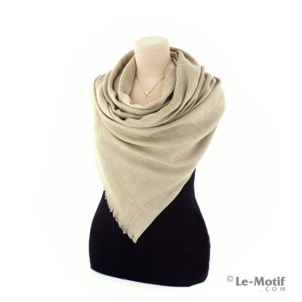 Палантин Le Motif из шелка и хлопка на шее, арт. LX01-02