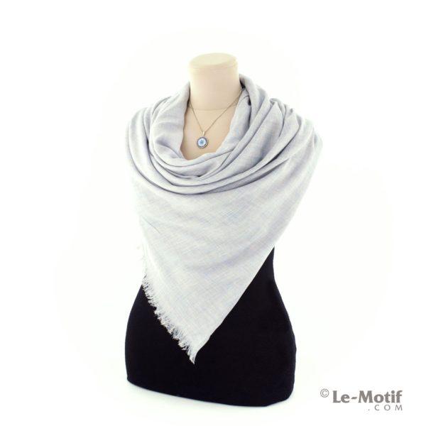 Палантин Le Motif из шелка и хлопка на шее, арт. LX01-1