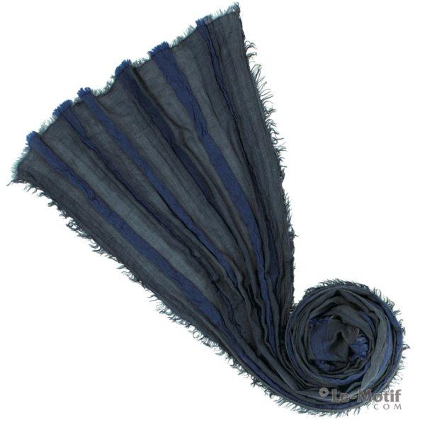 Шарф Le Motif Couture из льна и хлопка каталог. Фото для каталога
