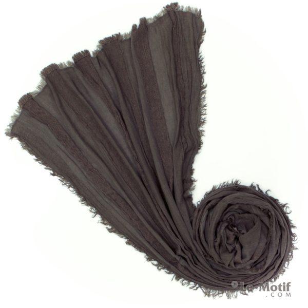 Шарф Le Motif Couture из льна и хлопка. Фото для каталога