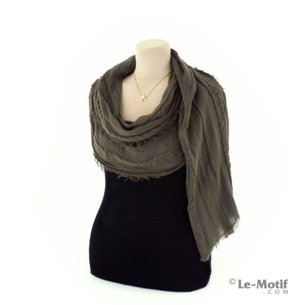 Шарф Le Motif Couture из льна и хлопка способ завязывания
