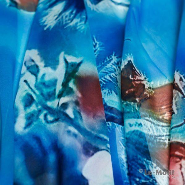 Палантин Le Motif из шелка с вискозой. Фото ткани