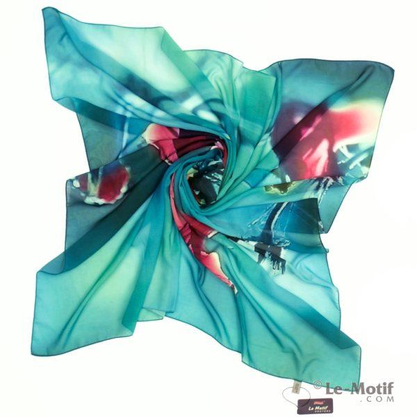 Платок Le Motif из шелка с вискозой. Фото для каталога