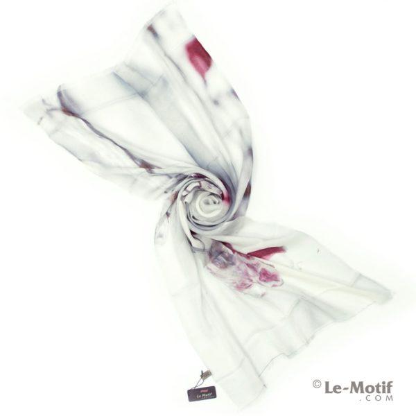 Палантин Le Motif из шелка и хлопка. Фото для каталога