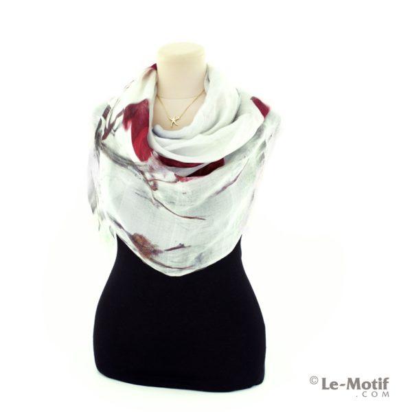 Палантин Le Motif из шелка и хлопка на шее, арт. SZH488-1