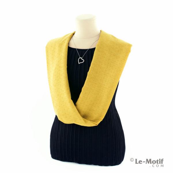 Шарф-снуд Le Motif Couture из хлопка на шее, арт. BT05-2