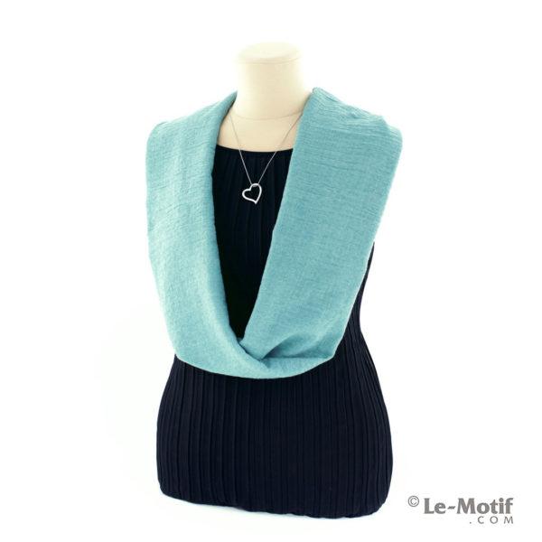 Шарф-снуд Le Motif Couture из хлопка на шее, арт. BT05-4