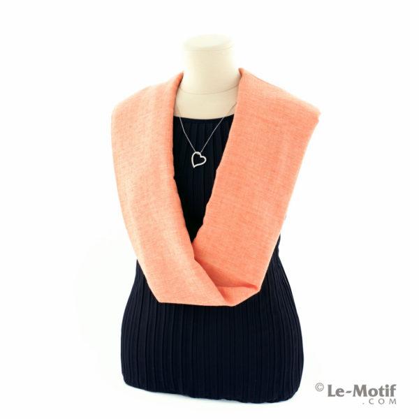 Шарф-снуд Le Motif Couture из хлопка на шее, арт. BT05-6