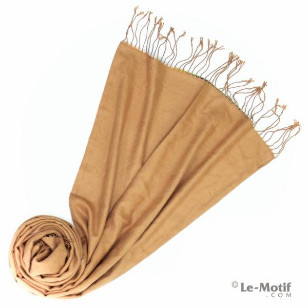 Палантин Le Motif из хлопка с вискозой. Фото для каталога 2.