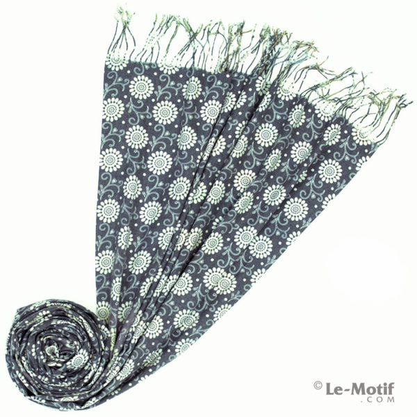 Палантин Le Motif из шерсти и хлопка. Фото для каталога 2, 15GS306