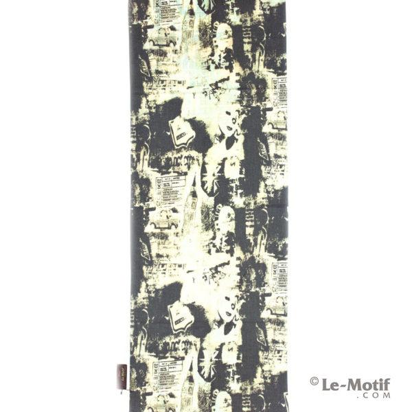 Палантин Le Motif из шерсти и хлопка. Изображения в серых тонах.