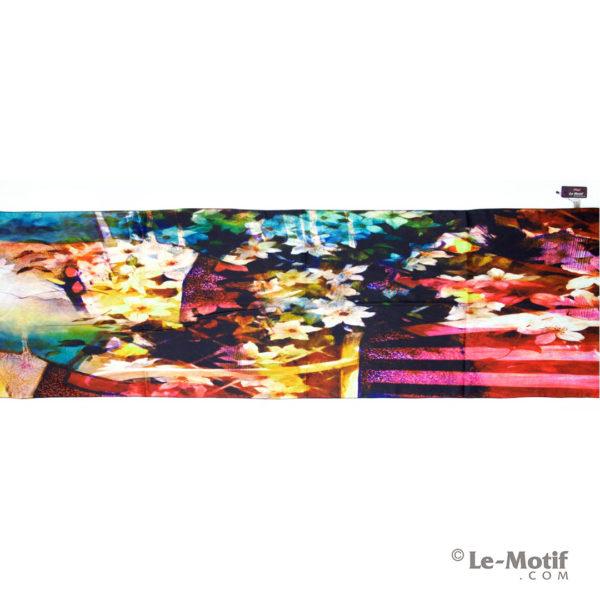 Шарф Le Motif из шерсти и хлопка. Изображение-коллаж из цветов.